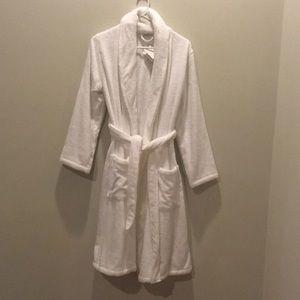 Other - PARACHUTE BNWT robe super soft